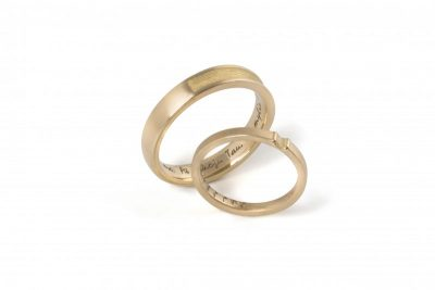 Wedding rings /V/
